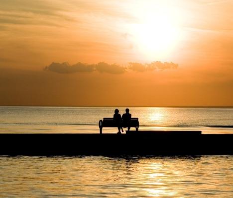 bench-1052066_960_720